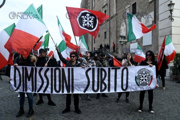 Casapound in piazza